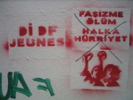 politic_graff3.jpg